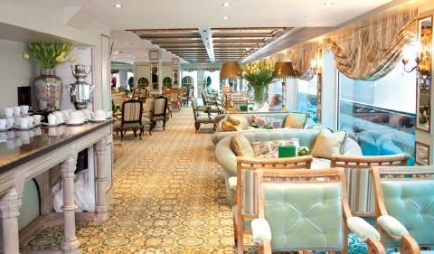 Coffee station at the Salon du Grand Trianon