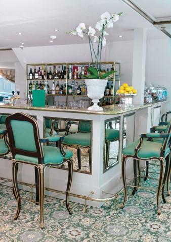 Bar at the Salon du Grand Trianon