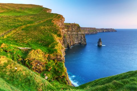 Cliffs-of-Moher-AS_41785851
